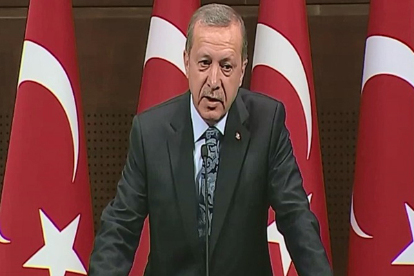 Başbakan Erdoğan'dan dünya çocuklarına anlamlı mesaj