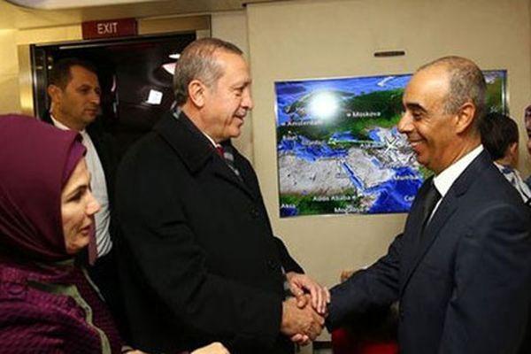 Erdoğan Türk öğretmeni hapisten çıkardı