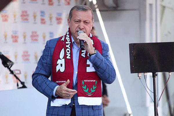 Başbakan Erdoğan Hatay'da halka sesledi