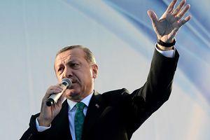 Erdoğan, 'Bizi suçlayanlar kendi zihinlerinde Türkiye'yi bölmüş'