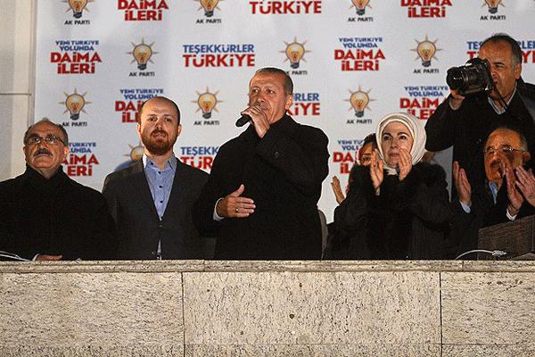 Erdoğan, 'Millet istiklaline uzanan elleri sandığa gömdü'