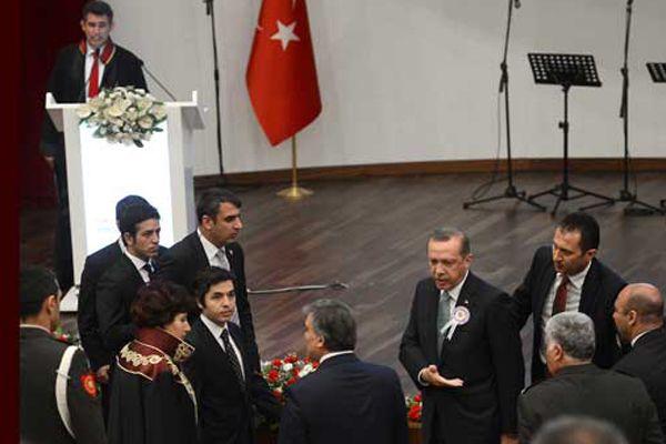 Erdoğan resti çekti, 'O konuşacaksa ben yokum'