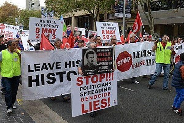 Avustralya'da Ermeni tasarısı için Türkler'den protesto