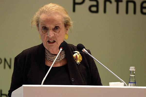 Albright, 'Suriyeli mültecilerle ilgili harekete geçmeliyiz'