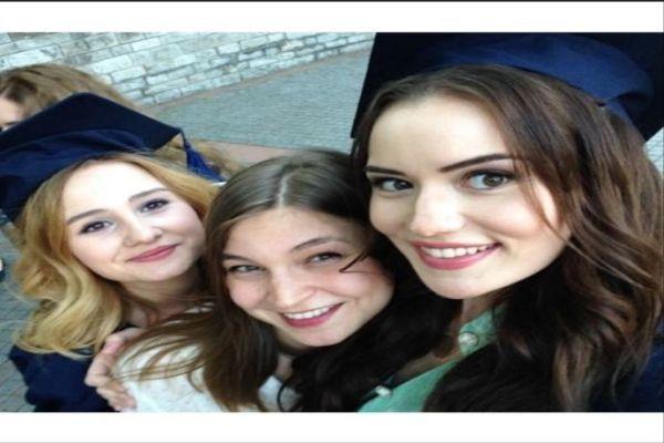 Fahriye Evcen hangi üniversiteden mezun oldu