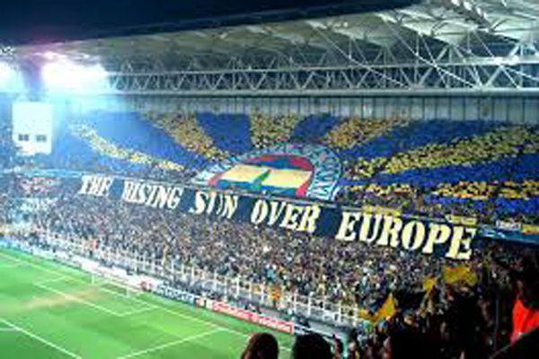 Fenerbahçe 2 yıldızıyla ilişkisini kesti
