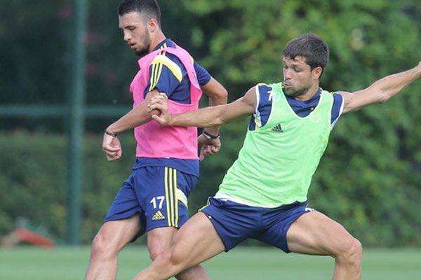 Fenerbahçe çalışmalara tam gaz devam ediyor