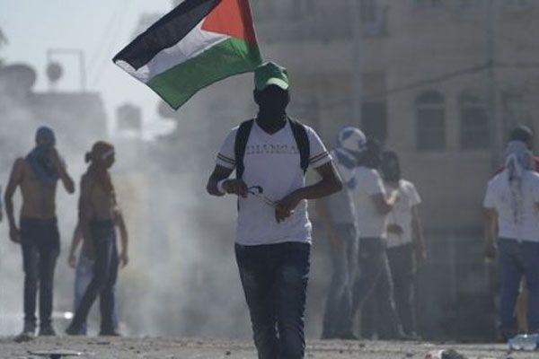 Filistinliler ve İsrail askerleri arasında gerginlik