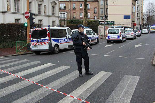 Cezayir Fransa'yı saldırı olmadan önce uyarmış