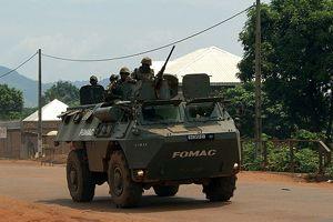 Fransa, Orta Afrika'da operasyonlara başladı