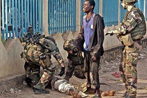 'Fransa Hristiyan milisleri silahlandırıyor' iddiası