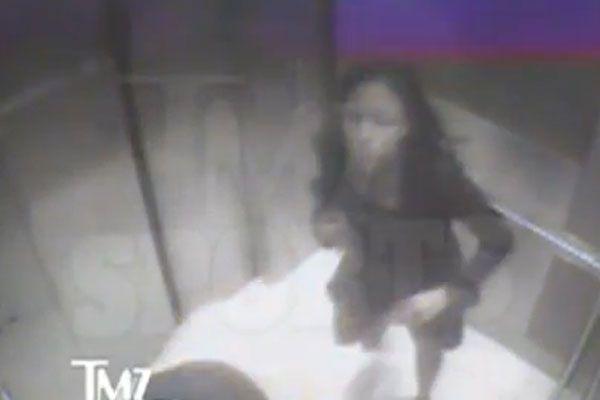 Ünlü futbolcu nişanlısını feci şekilde dövdü