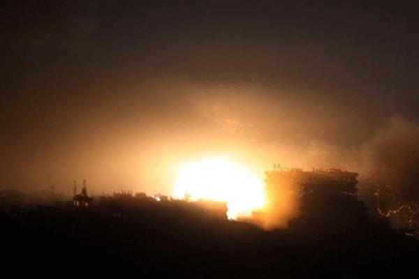 İsrail'in askeri üssüne füze düştü
