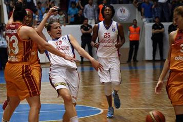 Galatasaray Odeabank, Adana BOTAŞ'ı yenerek finale yükseldi