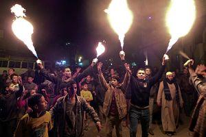 Darbe karşıtı öğrenciler 'Gece 24' hareketini kurdu