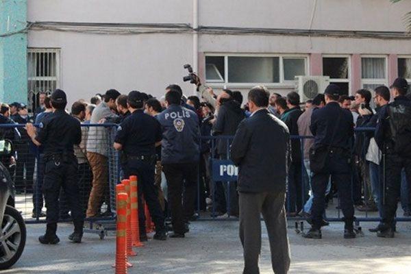 Soma'da 8'i avukat 37 kişi gözaltına alındı