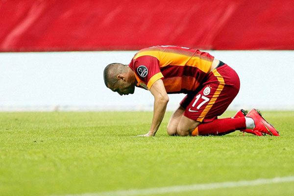 Galatasaray ilk kaybını yaşadı