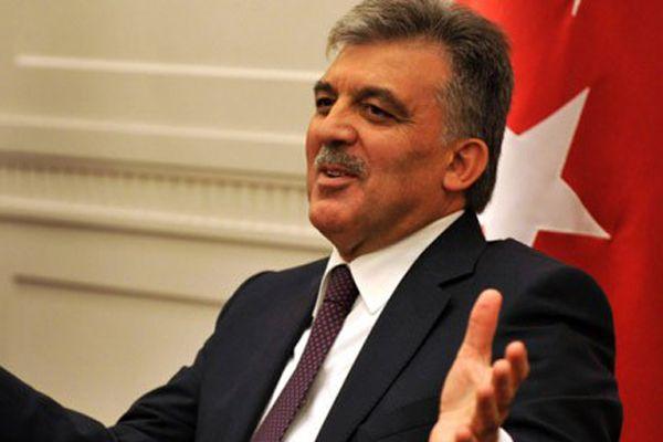 Abdullah Gül 2015'e kaldı