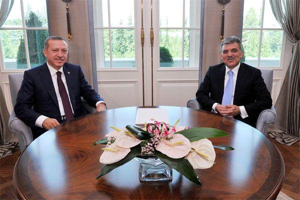 Başbakan Erdoğan ve Cumhurbaşkanı Gül bir araya geldi