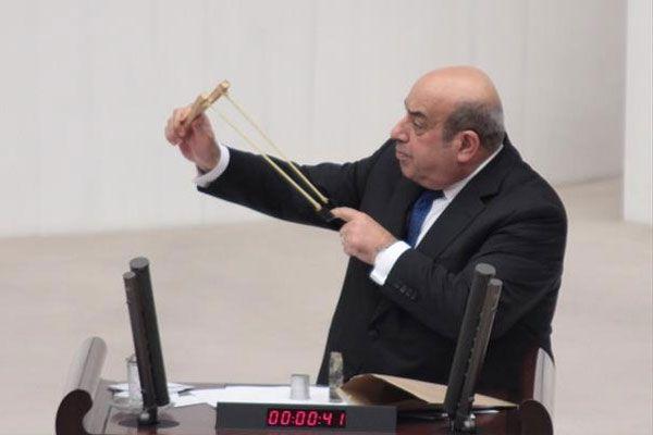 Hasip Kaplan başbakan yardımcılarına sapan çekti