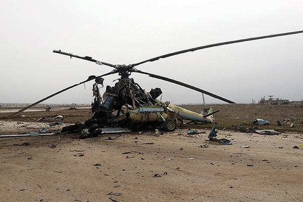 Muhalifler, Suriye'de 7 helikopteri yaktı