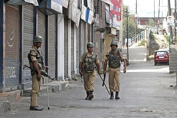 Hindistan'da genel seçim öncesi gerginlik
