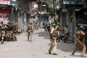 Hindistan'da izdiham, 18 ölü