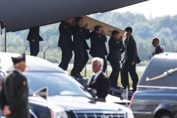 74 yolcunun cesedi Hollanda'ya yollandı