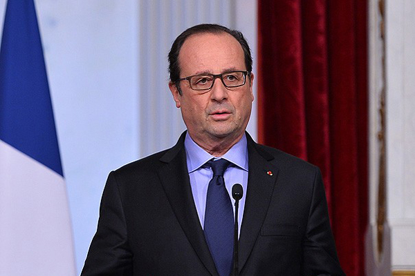 Hollande, 'İslam karşıtlığına cezai yaptırım uygulanmalı'