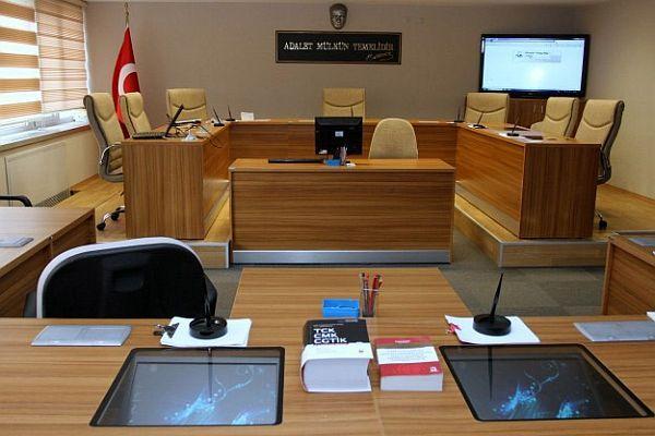 Fatih Belediyesi'ne yönelik iddianame savcılığa iade edildi