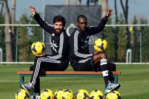 Beşiktaş'ın başarılı iki futbolcusu basın karşısına çıktı