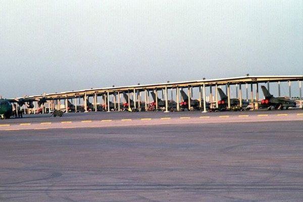 İran Irak'a savaş uçaklarını iade etti