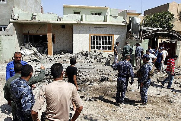 Irak'ta askeri konvoya saldırı, 10 ölü