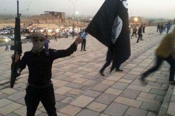 IŞİD kendi komutanını infaz etti iddiası