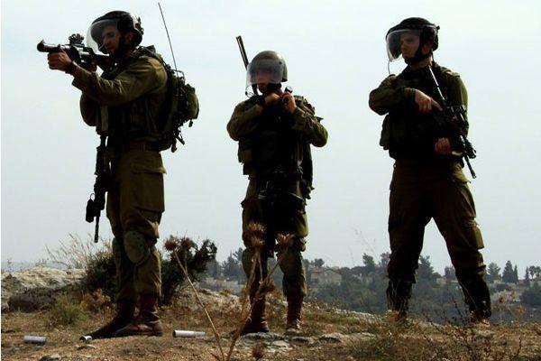 İsrail'den Gazze'ye denizden ve karadan saldırı