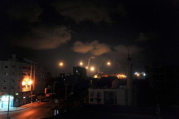 İsrail'den Gazze'ye yoğun bombardıman