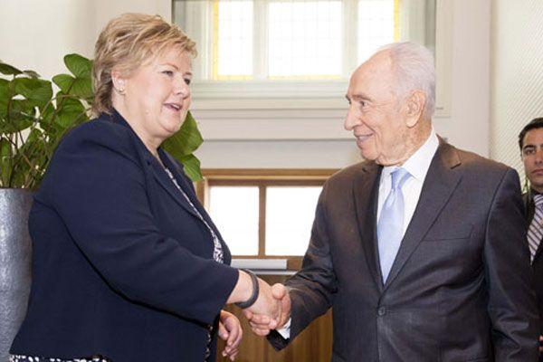 Şimon Peres duydukları karşısında neye uğradığını şaşırdı