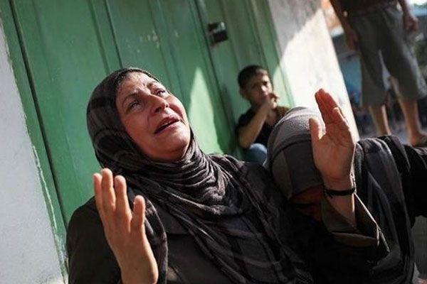 İsrail Gazze'de okul ve camileri bombaladı