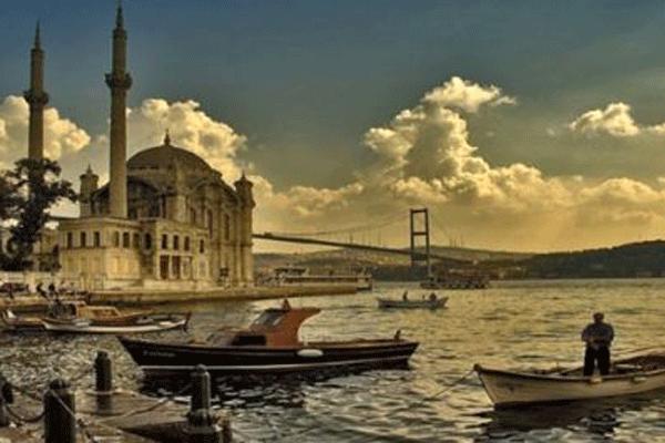 İstanbul para kazanmak isteyenler için cazibe merkezi