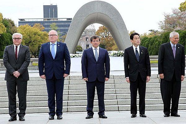 Dışişleri Bakanı Davutoğlu Japonya'da