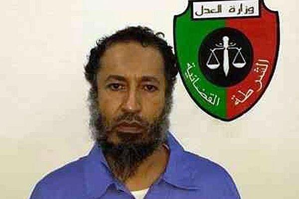 Oğul Kaddafi Libya halkından özür diledi