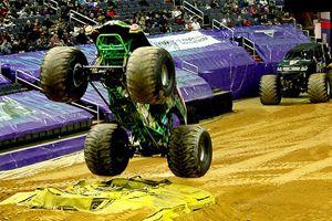 'Canavar kamyonlar' Washington'da yarıştı