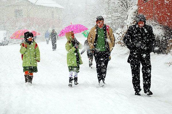 3 şehirde okullara kar tatili