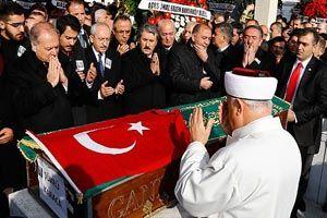 Karaca'nın cenazesi toprağa verildi