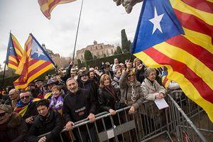 Katalonya bağımsızlığını istiyor