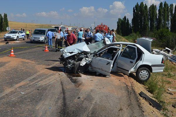 Trafik kazalarında iki günde 31 kişi öldü