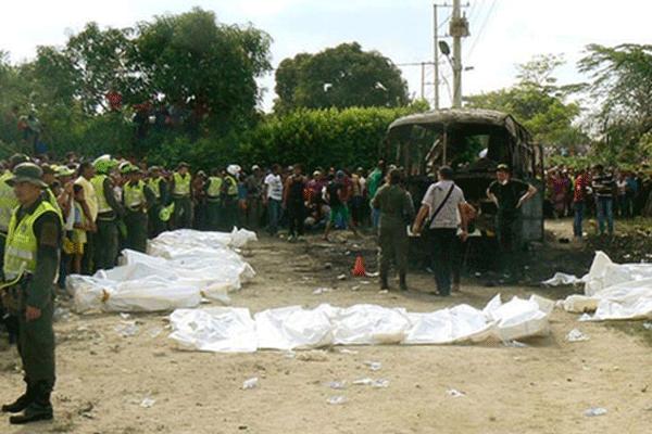 Kolombiya'da alev alan otobüsteki 32 çocuk öldü