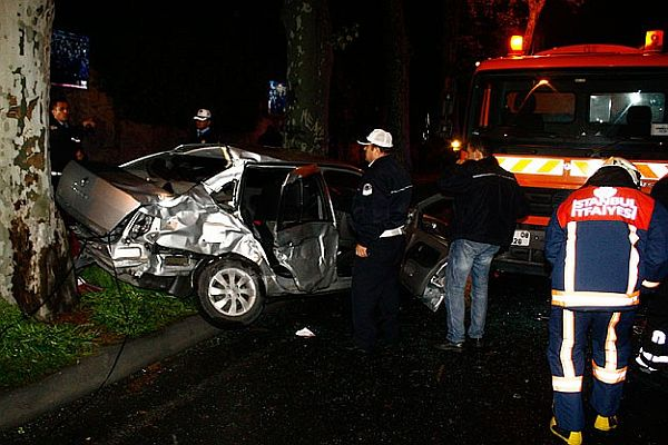 Beşiktaş'ta trafik kazası, 1 ölü, 3 yaralı