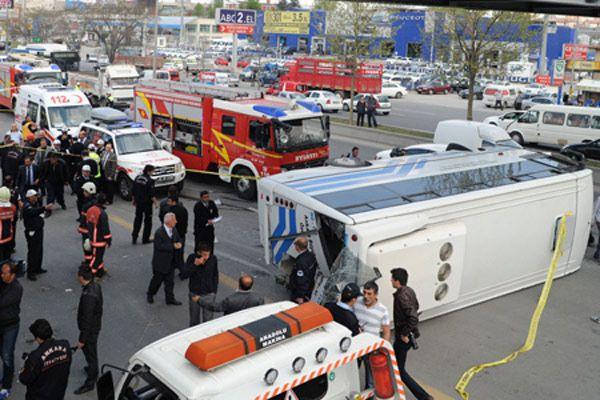 Ankara'da otobüs faciası, 2 ölü, çok sayıda yaralı var