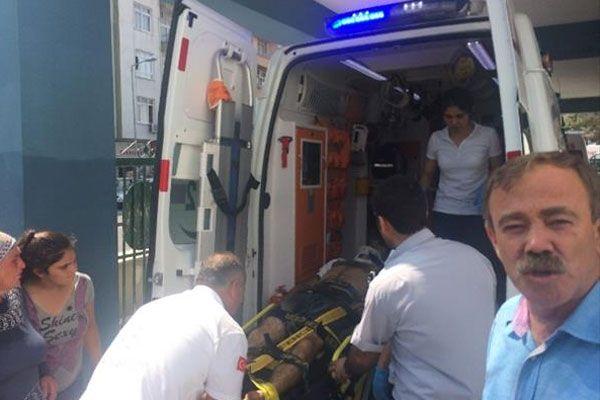 İşçi kamyonu virajı alamadı, 1 ölü, 24 yaralı